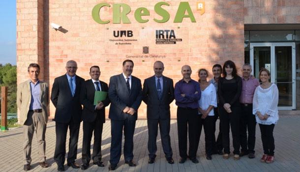 El consejero de Agricultura, Ganadería, Pesca, Alimentación y Medio Natural, Josep Maria Pelegrí, visita el CReSA