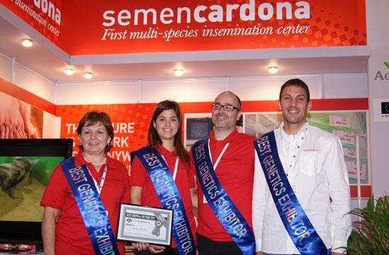 De izquierda a derecha: Maria Àngels Rial, responsable de Semen Cardona; Aida Comaposada, responsable del centro de Avià; Pere Pintó, contable de la empresa y Jordi Coletas, responsable de la empresa.