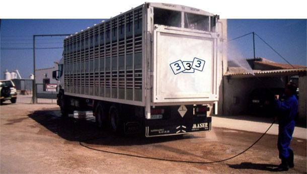 Desinfección de un camión