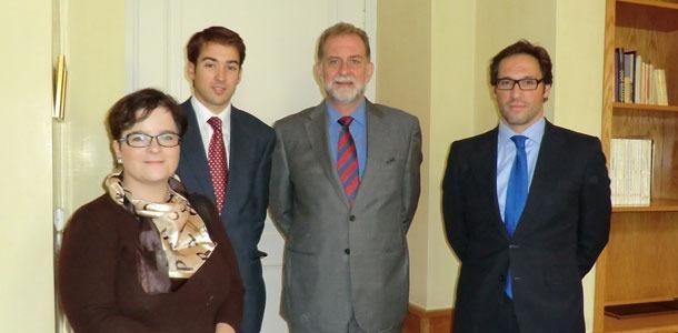 Foto-OECE-con-Embajador-de-.jpg