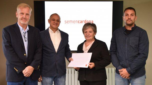 Firma del acuerdo entre Semen Cardona y PIC