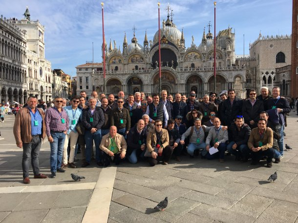 La compañía viajó junto a un grupo de 60 profesionales del sector porcino español a Italia.