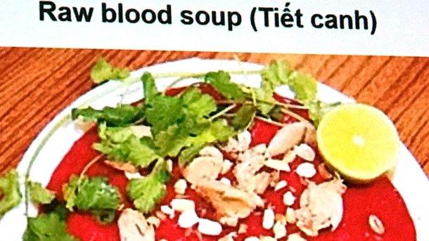 Sopa de sangre cruda