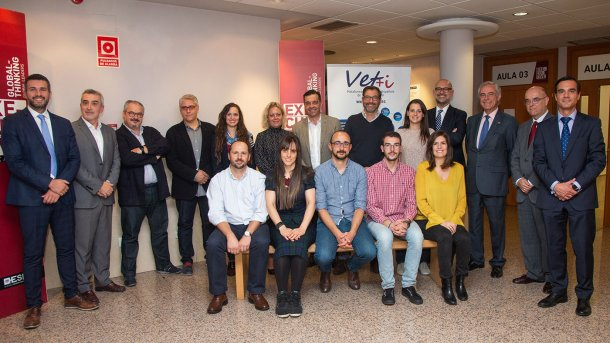 Responsables de Vet+i, ESIC y los alumnos participantes.