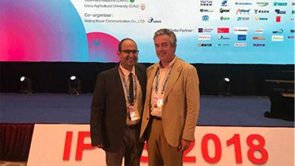 El autor con Miquel Collell en el seminario satélite de MSD.