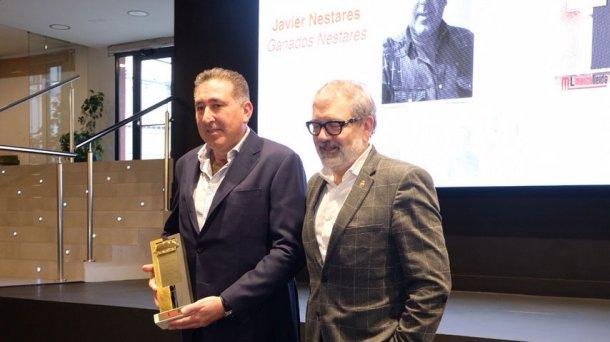 Javier Nestares recibe el premio PronosPorc Oro de Lechón.