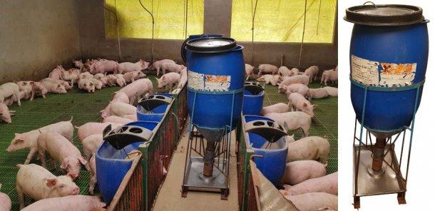 Los comederos hechos a mano que utilizan en la granja.