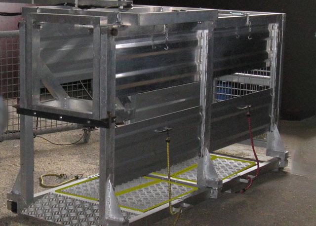 Figura 7: Sistema SowSIS. Las 4 patas se pesan independientemente para monitorizar la existencia de cojeras. Fuente: isense.farm