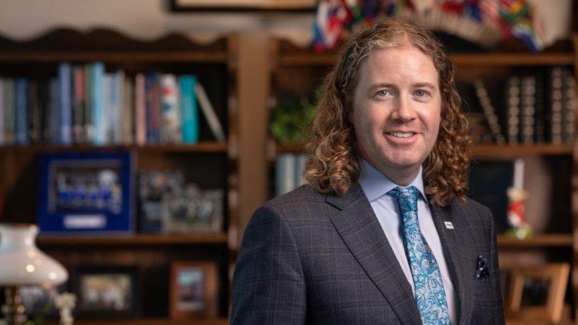 El Dr. Mark Lyons, presidente y CEO de Alltech, inauguró la Conferencia de Ideas de Alltech ONE de forma virtual ante una audiencia mundial.